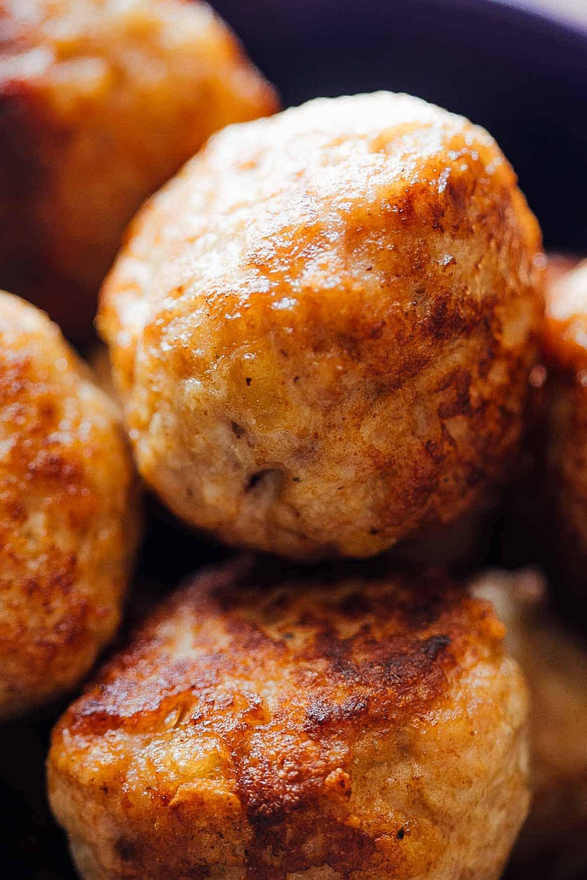 Juicy chicken meatballs for creamy chicken meatballs in mushroom sauce