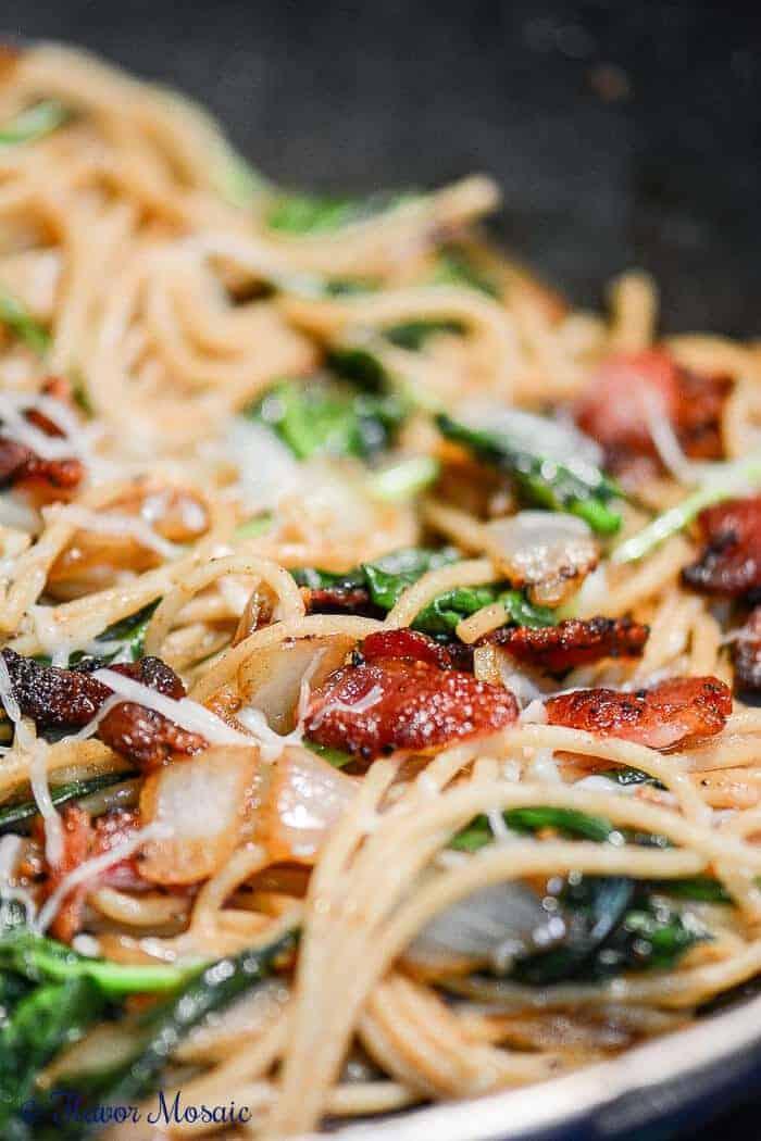 Closeup of bacon spaghetti florentine pasta