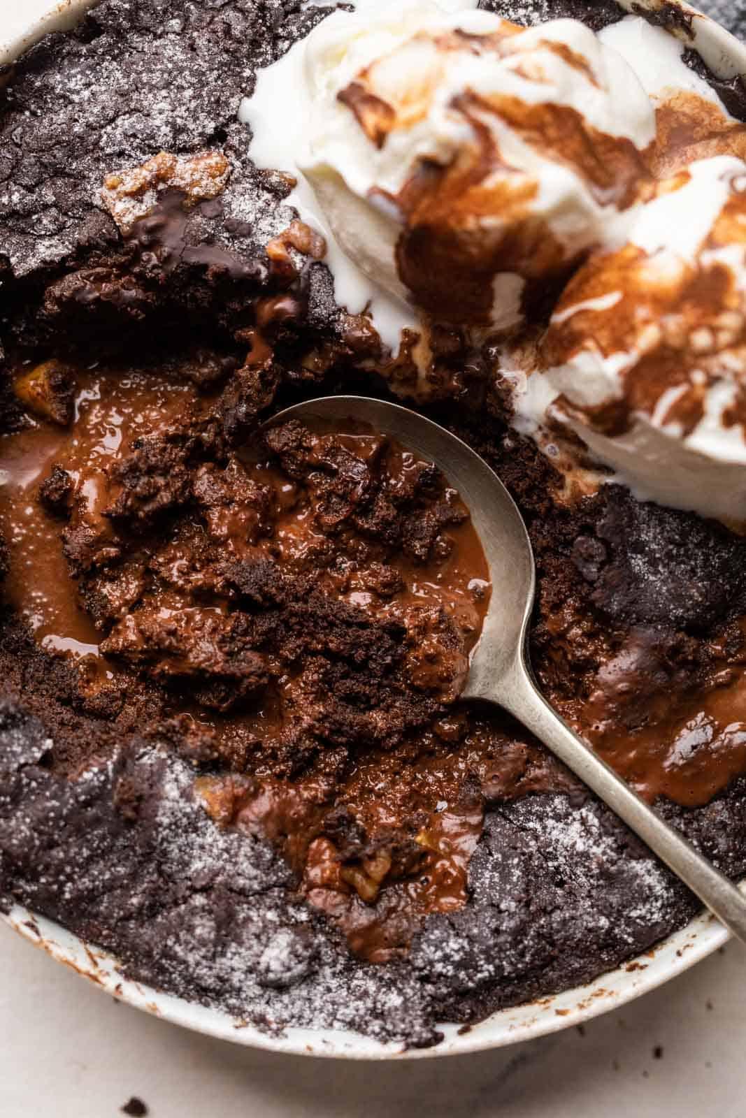 Closeup of the sauce texture of the eggless chocolate pudding cake